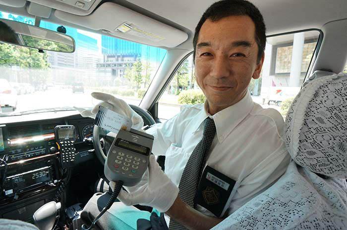 3 Cosas Japonesas que pueden hacer los Taxistas para ganarle a Uber y Cabify